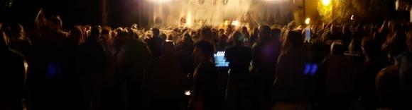 la foule le soir