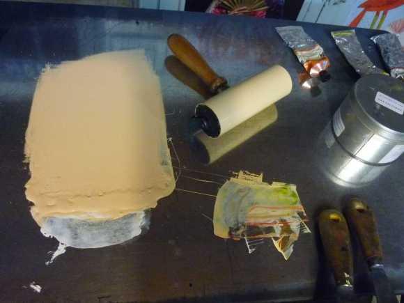 préparation couleur tas de bois